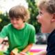 calendario niños jugando